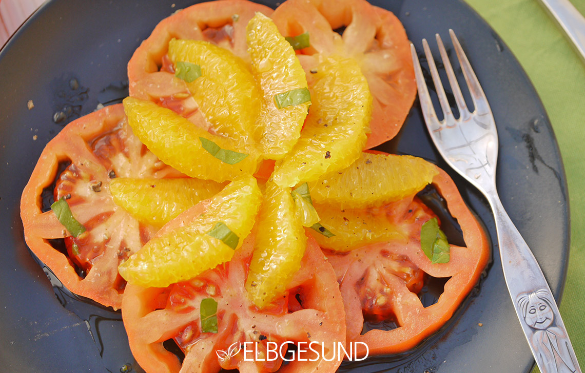 ELBGESUND_Tomaten_Orangen_Salat2
