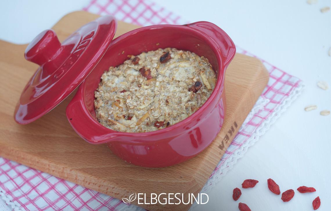 baked oatmeal in der Auflaufform - lecker