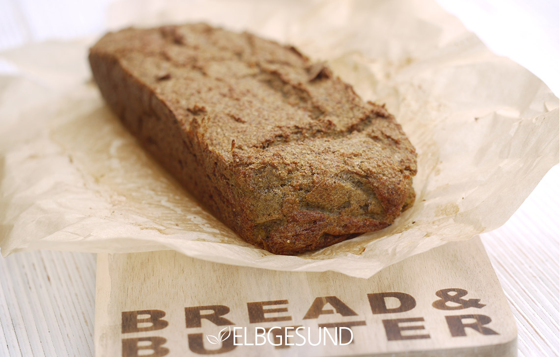 ELGESUND_Quinoa_Chia_Zucchini_Toast_01