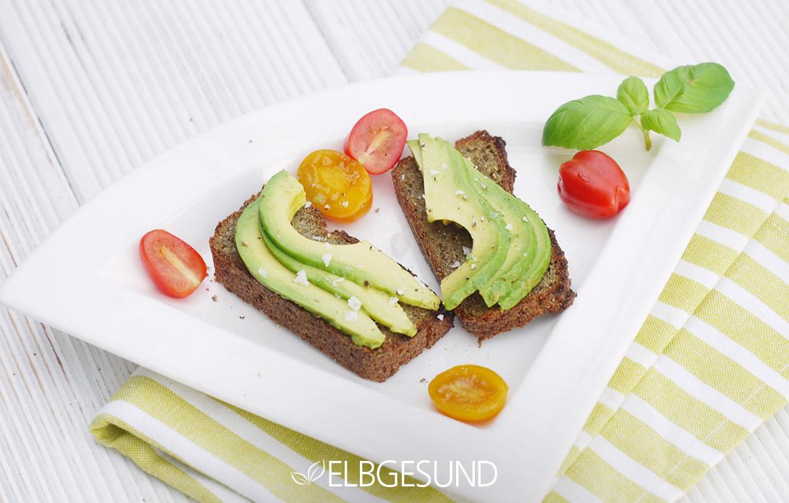 ELGESUND_Quinoa_Chia_Zucchini_Toast_05