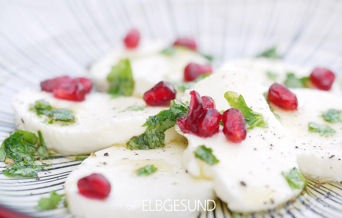 ELBGESUND_Granatapfel_Mozzarella_Salat_02
