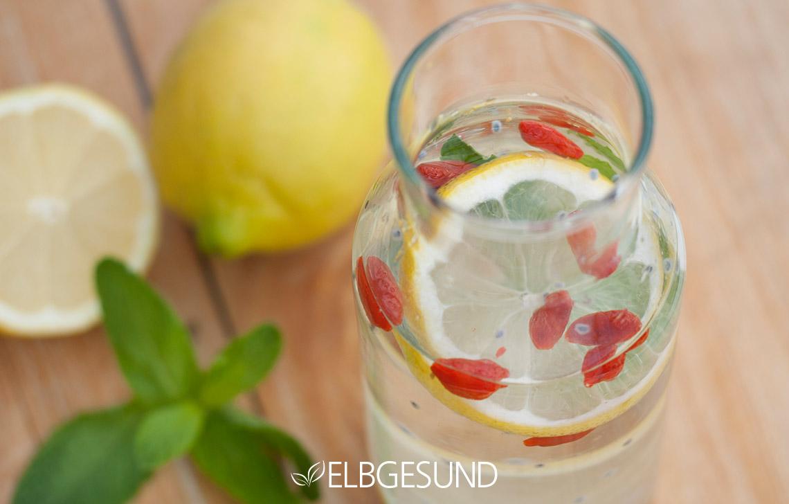 Gesunde Basilikumsamen-Limonade