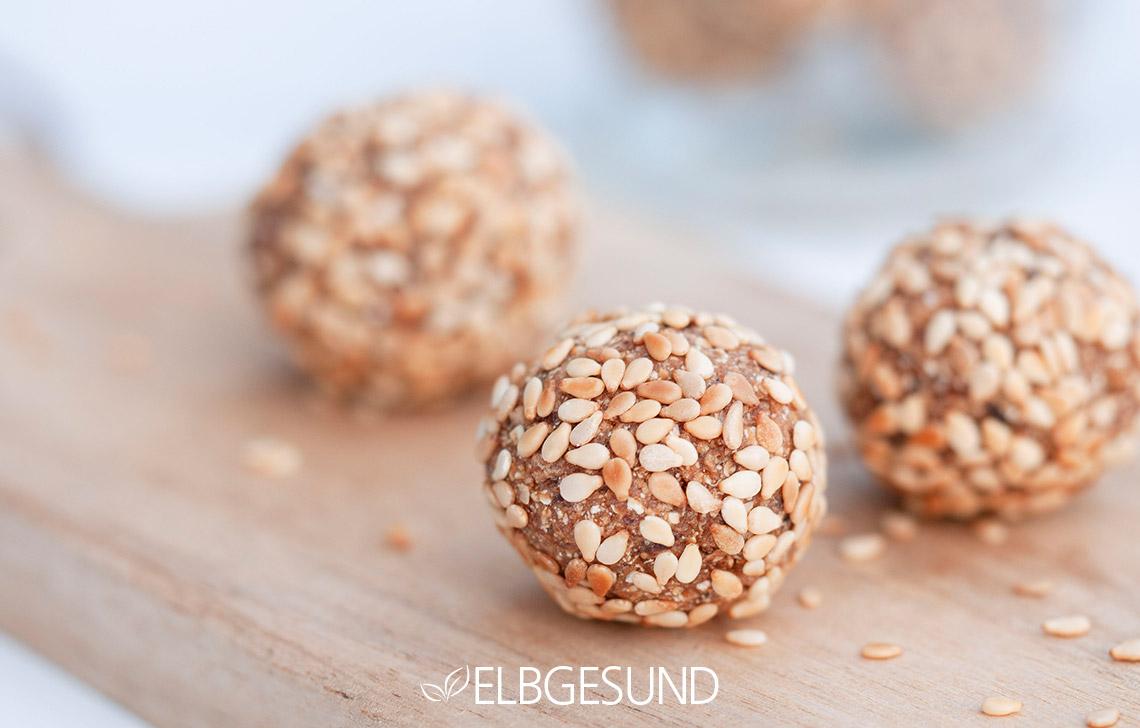 Pflaumen Energyballs Snacks Gesund